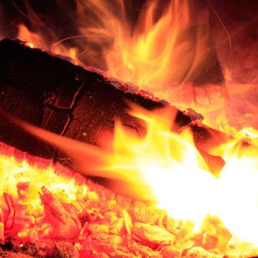 Das erste Feuer